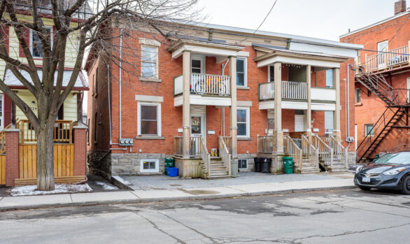 Centretown Multifamily - 3 Door Row