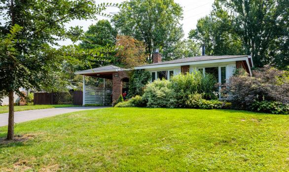 634 Dickinson Avenue: Great Home, Amazing Yard